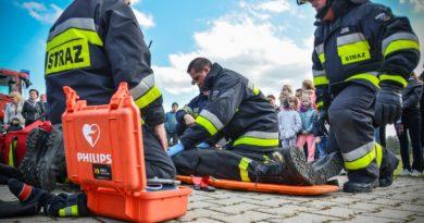 AED ratuje życie – akcja reanimacyjna w Bierutowie