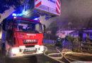 Nocny pożar dwóch budynków w Smolnej. Ogromne zniszczenia i wielogodzinna akcja gaśnicza