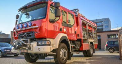 Nowy wóz ratowniczo – gaśniczy już na wyposażeniu oleśnickiej JRG
