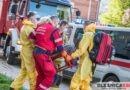 Śmigłowiec LPR na pomoc pacjentce z problemami kardiologicznymi. Seniorkę transportowali Strażacy