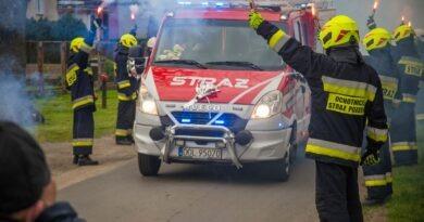 """Nowy lekki """"technik"""" dla Strażaków z OSP Sokołowice"""
